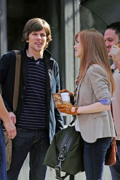 Isla Fisher and Jesse Eisenberg - Stars Film 'Now You See Me'