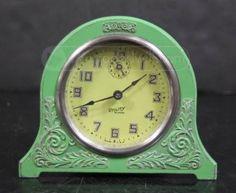 Vintage mint green metal alarm clock  (¯`·´¯)___(¯`·´¯)___(¯`·´¯)___(¯`·´¯)  _`·.·´_____`·.·´_____`·.·´ ____ `·.·´♥♥