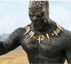 Erik Killmonger's Golden Jaguar suit Black Panther Marvel, Black Panther 2018, Spiderman Cosplay, Marvel Cosplay, Hq Marvel, Marvel Cinematic, Spiderman Marvel, Marvel Heroes, Marvel Characters