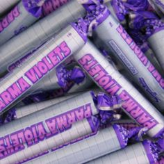 Parma Voilets are floral flavour candy sweets, ideal for your pick and mix stands or for you to weigh out for your customers. These sweets are Suitable For Veg Violet Aesthetic, Lavender Aesthetic, Vintage Sweets, Retro Sweets, My Childhood Memories, Childhood Toys, Sweet Memories, Lady In My Life, Parma Violets