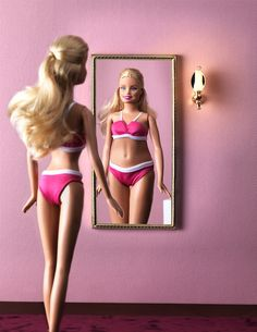 Human interest in JAN Magazine Photography by Frank Brandwijk I 'Barbie' 'Mirror Mirror on the Wall' 'Weight Problem' 'Photo Illustration' 'Fun' 'Beauty'