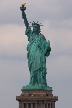 East Side Symbol | ... Of Liberty, Gift From French, American Symbol -- New York Pictures