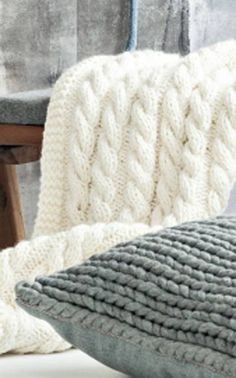 Nordic Yarns and Design since 1928 Easy Knitting, Knitting Yarn, Crochet Home, Knit Crochet, Baby Clothes Blanket, Sheepskin Rug, Crafts To Do, Merino Wool Blanket, Handicraft