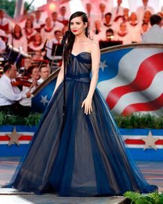 Sofia Carson Strapless Sweetheart Ball Gown 2017 A Capitol Fourth Sophia Carson, Navy Blue Gown, Hollywood Life, Beautiful Celebrities, Celebrities Fashion, Famous Celebrities, Celebrity Dresses, Actors & Actresses, Disney Actresses