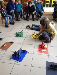 "Welkom in de uiltjesklas! : Thema: ""De wereld van de Dinosaurussen!! "" School Themes, Crafts For Kids To Make, Reggio Emilia, Playroom, Preschool, Nursery, Stage, Dinosaurs, Early Education"