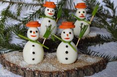 WRITE THE BLOG DESCRIPTION HERE Romanian Food, Finger Foods, Kids Meals, Vegetarian Recipes, Ricotta, Candle Holders, Good Food, Candles, Christmas Ornaments