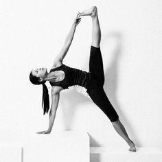 La profesora Xuan-lan te propone clases de yoga online en español. Estilos vinyasa y hatha yoga para todos los niveles.