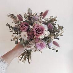 Wedding Tips & Themes Dusky Pink Weddings, Mauve Wedding, Fall Wedding Flowers, Floral Wedding, Wedding Colors, Dream Wedding, Bridal Bouquet Pink, Bride Bouquets, Flower Bouquet Wedding