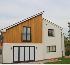 A Colour-stable alternative to Cedar, Larch and Thermally modified softwood