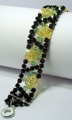 Different colored glass beads bracelet. Craft ideas from LC.Pandahall.com