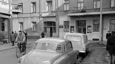 Kino polonia History, Retro, Vehicles, Poland, Historia, Car, Retro Illustration, Vehicle, Tools