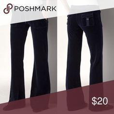 Juicy Couture Snap Pocket Velour Pant Juicy couture dark blue snap back pocket Velour sweats. Size PETITE. Worn a lot but good condition Juicy Couture Pants Track Pants & Joggers