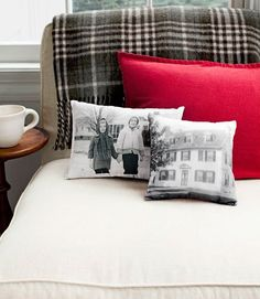 2 Ways To Make Pretty Printed Pillows