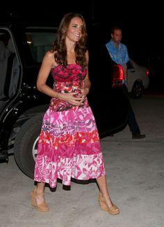 Kurzer Prozess mit knappen Kleidchen Herzogin Kate: Queen verordnet Kleider-Drill