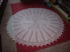 Ravelry: Bubbles Baby Shawl pattern by Patons Australia Crochet Baby Shawl, Baby Cardigan Knitting Pattern, Lace Knitting, Baby Knitting Patterns, Baby Patterns, Shawl Patterns, Crochet Blanket Patterns, Crochet Blankets, Blanket Shawl