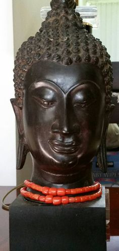 Check out this item in my Etsy shop https://www.etsy.com/listing/240854009/vintage-thai-buddha-late-1950s-bronze