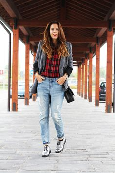 #fashion #fashionista @Irene Hoffman Colzi Tartan + boyfriend jeans: ciao Franciacorta!