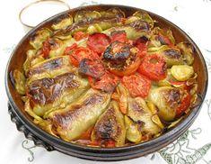 Speca te mbushura me mish Albanian Cuisine, Albanian Recipes, Albanian Food, Baby Food Recipes, Wine Recipes, Food Network Recipes, Healthy Recipes, Pakistan Food, Macedonian Food