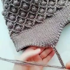 Crochet Motifs, Crochet Stitches Patterns, Baby Knitting Patterns, Knitting Designs, Crochet Crafts, Easy Crochet, Crochet Baby, Crochet Projects, Knit Crochet