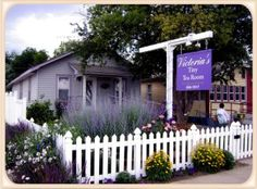 Lavender 'n' Lace, Victoria's Tiny Tea Room & Gift Shop