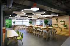 Odnoklassniki - Saint Petersburg Offices Corporate Interiors, Office Interiors, Comedor Office, Creative Office, Office Canteen, Cafeteria Design, Commercial Office Design, Office Ceiling, Halls