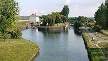 https://de.wikipedia.org/wiki/Canal_de_l'Ourcq