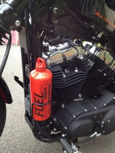 Bidon 1 litre de réserve d'essence