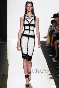 Herve Leger Sleeveless Andreja Colorblocked Zipper Detailed-Peplum Bandage Dress