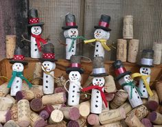 Wine Cork Snowmen: Easy project to replicate with the kiddos.