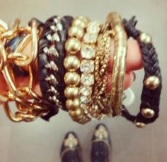All black and gold #accessories