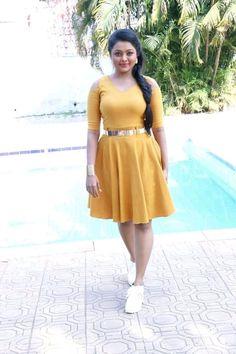 Beautiful Girl In India, Beautiful Women Over 40, Beautiful Indian Actress, Beautiful Asian Girls, Beautiful Dresses, Cute Beauty, Beauty Full Girl, Beauty Women, Indian Girl Bikini