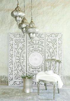 Classic white vintage morocco