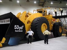 The world's largest rubber-tire front loading vehicle of its kind, the L-2350's bucket is roughly the size of a studio apartment. It has a 2,300 horsepower engine capable of lifting up to 160,000 lbs. The operator stands two stories off the ground, and the mammoth bucket extends to a maximum height of nearly 44 feet.