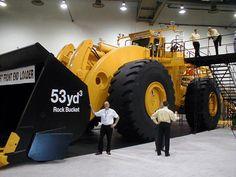 odd construction equipment | WORLDS LARGEST CONSTRUCTION EQUIPMENT - LETOURNEAU L-2350 FRONT END ...