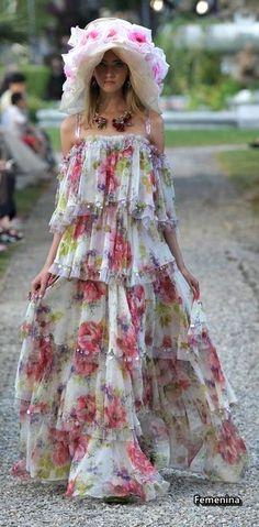 Dolce   Gabbana Alta Moda Fashion Show in Como 99e9abaa2c0