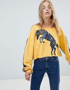 Browse online for the newest Wrangler blue & yellow raw cropped sweatshirt with horse logo & taping styles. Shop easier with ASOS' multiple payments and return options (Ts&Cs apply). Cowgirl Dresses, Cowgirl Outfits, Equestrian Outfits, Cowgirl Style, Cowgirl Fashion, Cowgirl Clothing, Gypsy Cowgirl, Equestrian Style, Country Girls Outfits