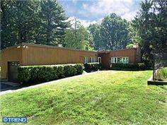 Bryn Gweled Homesteads Cooperative MCM home.  Southampton, PA. MLS 6259234
