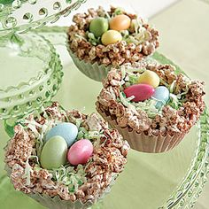 Pint-sized crisp rice cereal treats. Green coconut grass and jelly beans or candy almonds! So cute!