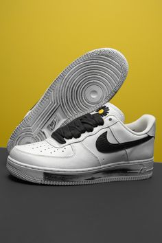 """Any Nike Air Force 1 Low in the classic white colorway can anchor your sneaker rotation, but why not opt for something with a little flair? Korean pop artist G-Dragon's take on the model features a wear-away upper that reveals one-of-a-kind artwork beneath its crisp white leather outer shell. Your average """"Uptown,"""" this isn't. Air Force Ones, Air Force 1, Nike Air Force, Nike Shoes, Sneakers Nike, Basketball Art, Fresh Shoes, G Dragon, Fashion Labels"""