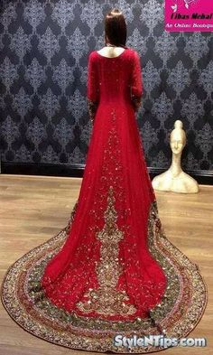 Pakistani Bridal Dresses 2015 has been arrived in market and we have collected some beautiful and most attractive designs of wedding clothes.