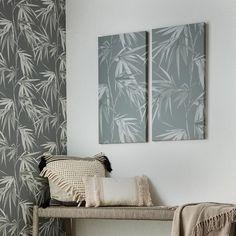 Het is buigzaam en staat symbool voor standvastigheid, herstel, groei, hoop en veerkracht. Dark Grey Wallpaper, Paint Samples, Wall Art Designs, Home Wall Art, Creative Design, Bloom, Tapestry, Canvas Prints, Tropical