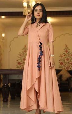 Beautiful tie-up style Kurti with beautiful latkan. Pakistani Dresses, Indian Dresses, Indian Outfits, Kurta Designs, Blouse Designs, Casual Dresses, Fashion Dresses, Kurti Styles, Dress Neck Designs