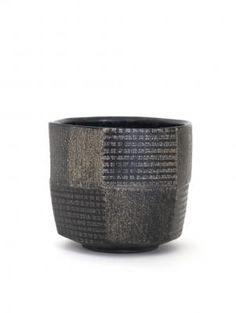 Black tea bowl ... Masahiro MAEDA Ippodo Gallery
