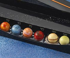 Ever wonder what Uranus tastes like? Thanks to these chocolate planet balls, we now know that planet tastes like milk tea. Included in this fun and tasty pack of geeky chocolates are eight different planets, each with their own unique flavor.
