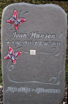 QR code on a tombstone... wtf?