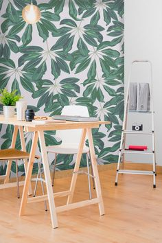 Hochwertig Looking For The Perfect Accent Wall? This Tropical Wallpaper Design Will  Bring You Bang On