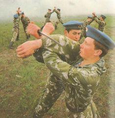 Soviet paratrooper hand to hand combat training Military Gear, Military Weapons, Combat Training, Hand To Hand Combat, Soviet Army, Afghanistan War, Army Surplus, War Photography, Paratrooper