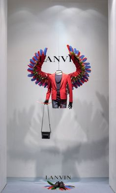 latest Lanvin windows at their Rue du Faubourg St Honoré, Parisian store. Inspired by Birds of Paradise