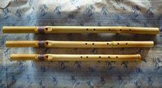 虚空の笛 (5孔 従来タイプ) ~真竹製インディアンフルート~  ☆ 詳細は   HP[木のクラフトと笛 七曜工房」をご覧ください。 ↓ http://www.nanayoukoubou.jp/インディアンフルート/