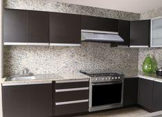 Una cocina así hace que la deseemos en nuestro hogar. Campanas que hacen la diferencia.